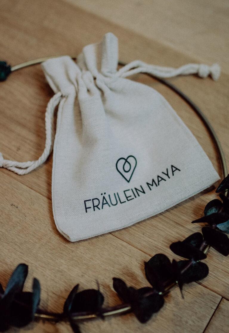 Fräulein Maya Leinensäckchen Verpackung