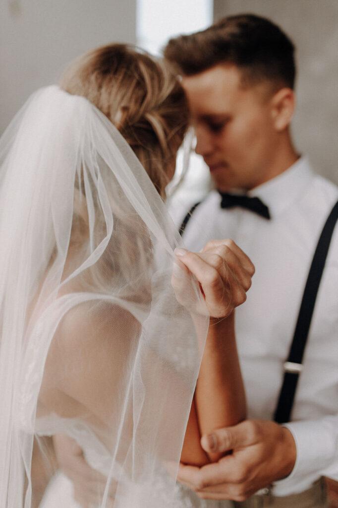 Geschenke zur Verlobung: für das Paar