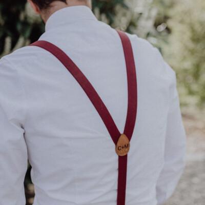 Herrenhosenträger in weinrot von hinten personalisiert Geschenk