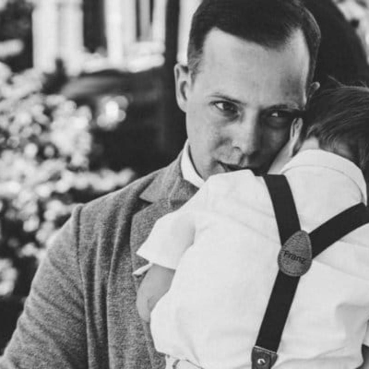 Kinderhosentraeger Franz schwarz weiss