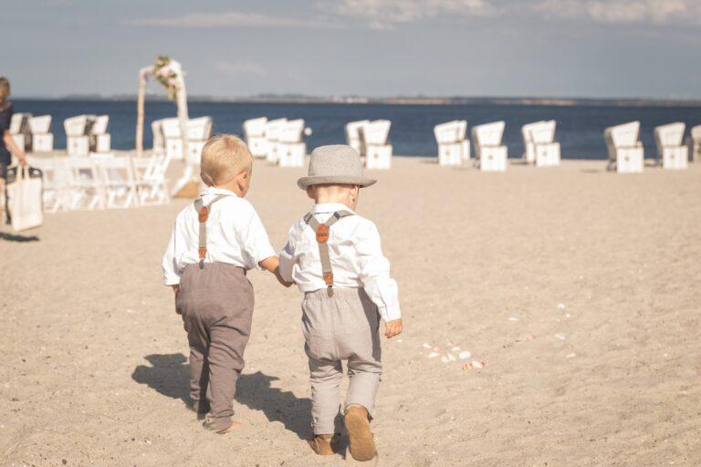 Kinderhosenträger Partnerlook dunkelgrau Strand