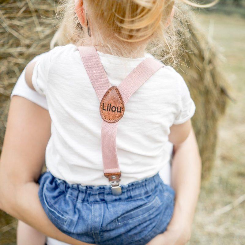 Kinderhosentraeger Rosa Tragebild Maedchen