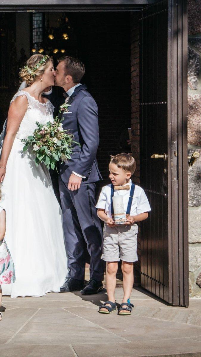 Kinderhosentraeger dunkelblau Hochzeit