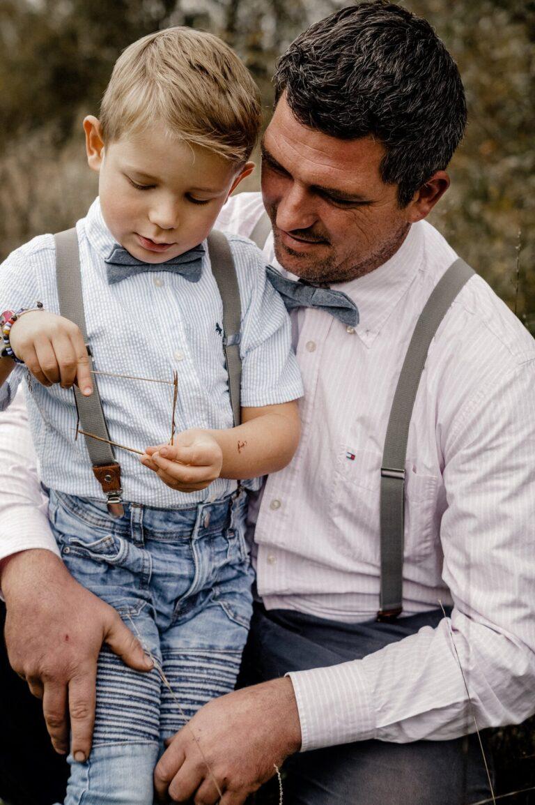 Passende Fliegen und Hosenträger für Vater und Sohn