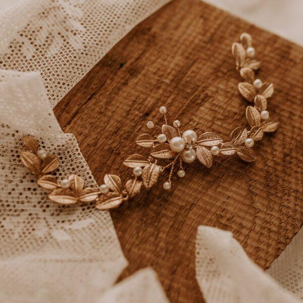 Perlen Blätter Goldschmuck Braut Boho Look